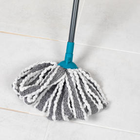 Beldray® LA049179UFEUB AntiBac Telescopic Cloth Mop With Replacement Mop Head| Treated with Anti-Bac Protection | 128cm Extendable Handle | Super Absorbent Thumbnail 6