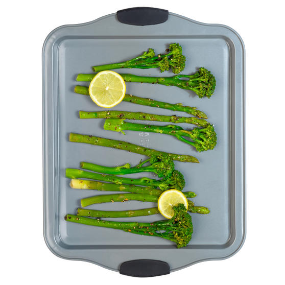 Russell Hobbs® RH01914EU Pearlised Baking Tray |Non-Stick | Carbon Steel | 38cm | Silicone Handles | Matte Grey