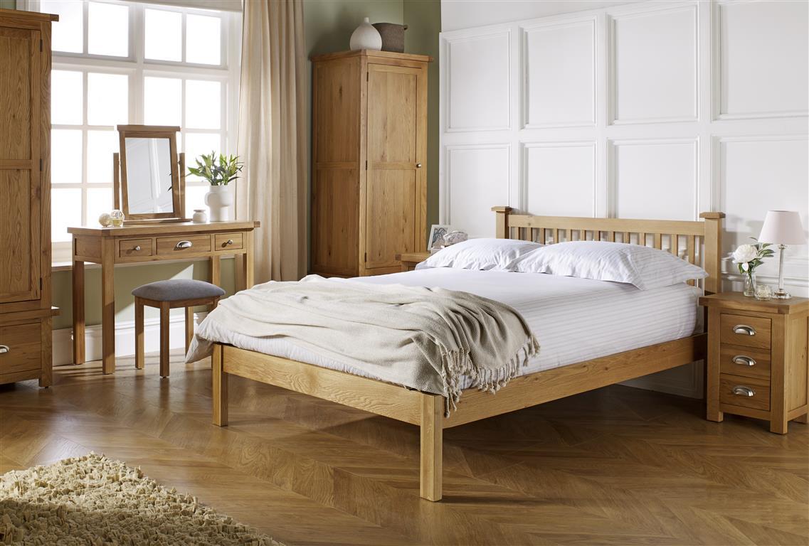 Woburn Traditional Wooden Oak Bedroom Furniture Bedsides//Chest//Wardrobe//Beds