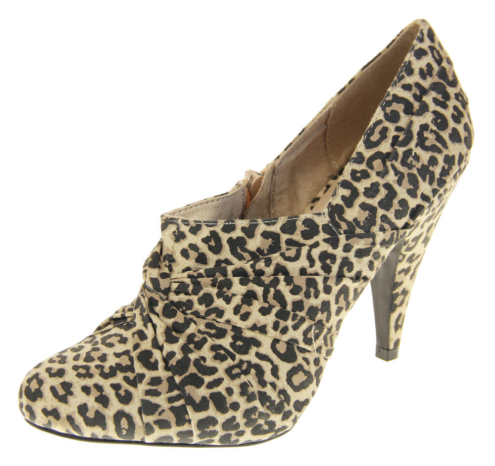 Womens Beige Rocket Dog High Heel Leopard Print Court Shoes