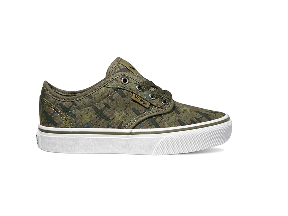 1c873407832200 Vans Youth Atwood Skate Shoes