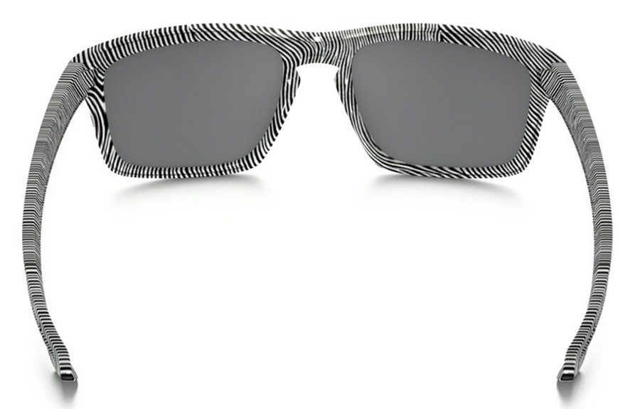6a9df39d39 Sentinel Oakley Sunglasses - Sliver - Fingerprint White