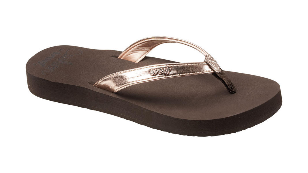 38dd5cb035478b Reef Womens Cushion Luna Flip Flop · Brown · Rose-Gold