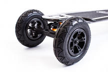 Evolve Skateboards Carbon GT Series 2 in 1 Electric Skateboard Thumbnail 6
