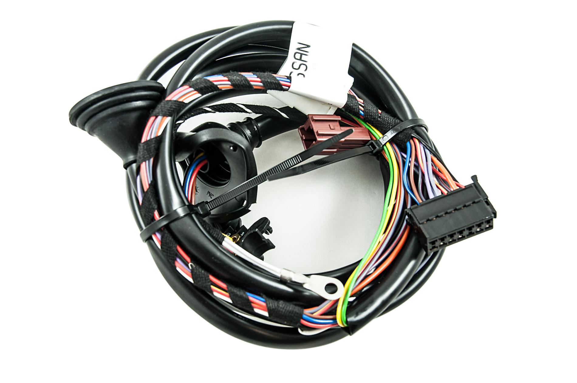 KE5054C007_20a nissan genuine new x trail t32 tow bar electrics wiring kit tek 7