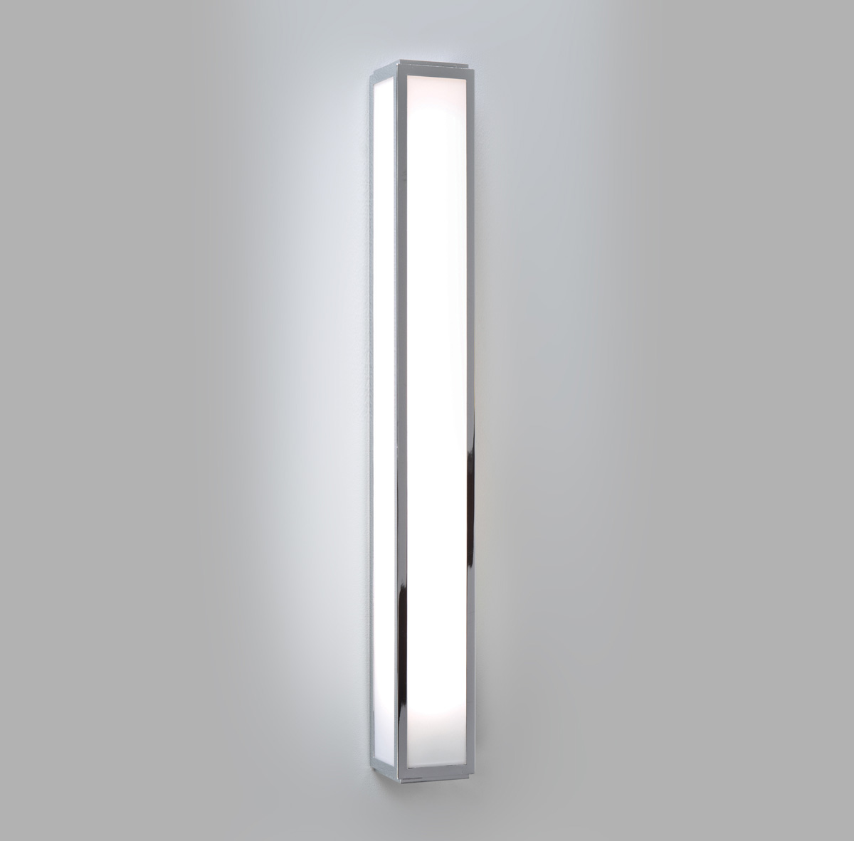 ASTRO MASHIKO 600 0878 Bathroom wall light 1 x 24W HO T5 CFL Polished Chrome Thumbnail 1