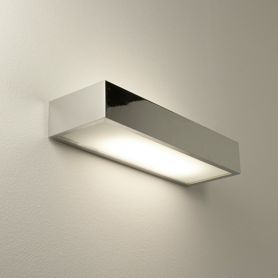 ASTRO TALLIN 300 0531 Bathroom wall light 1 x 18W 2G11 IP44 Polished chrome Thumbnail 2