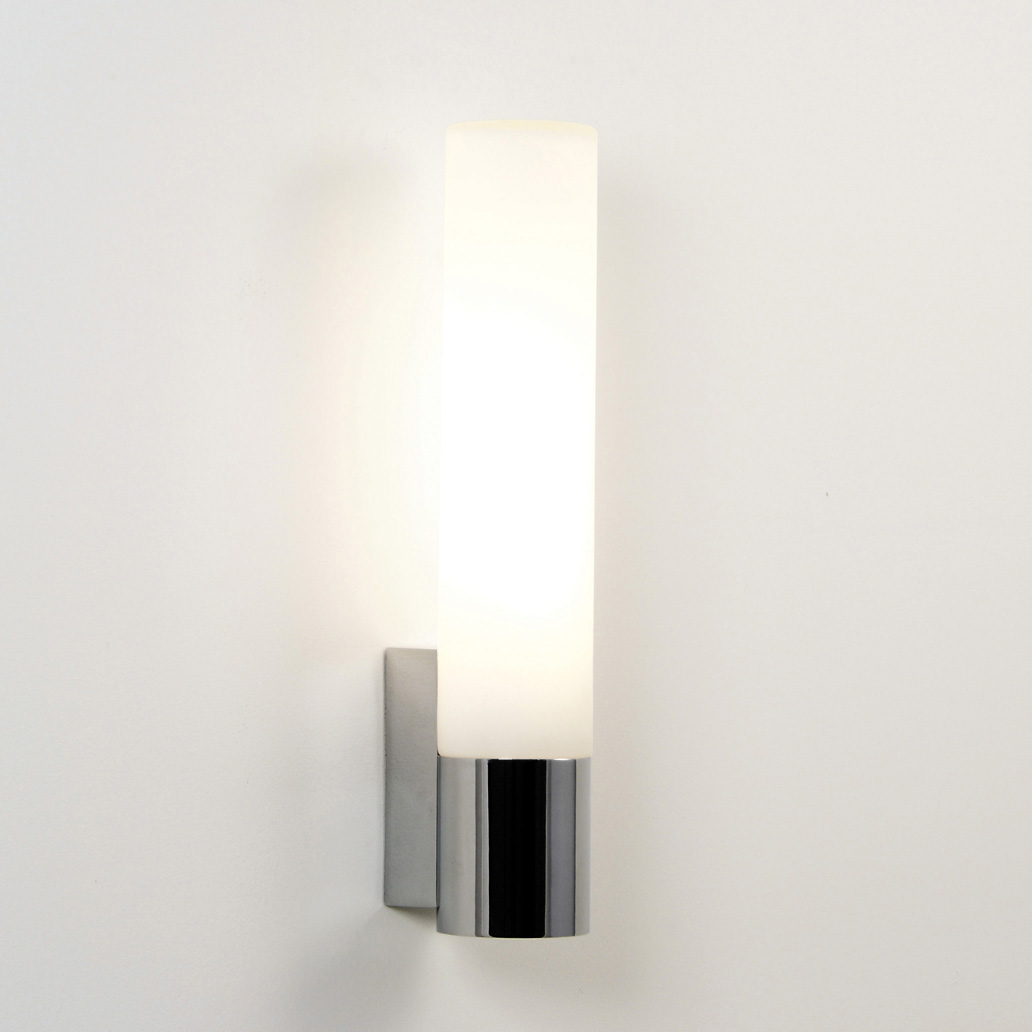 ASTRO Kyoto 365 0573 bathroom wall light 1 x 18W 2G11 lamp IP44 polished chrome Thumbnail 1
