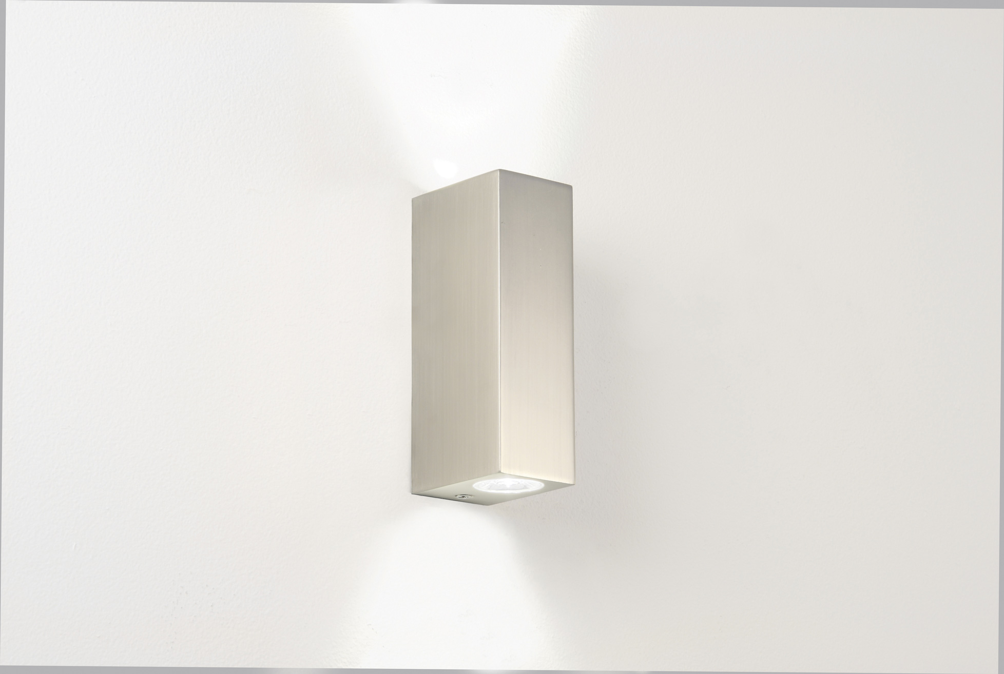 ASTRO Bloc 0824 bathroom LED wall light 2 X 1W 3000K warmwhite Luxeon nickel Thumbnail 1