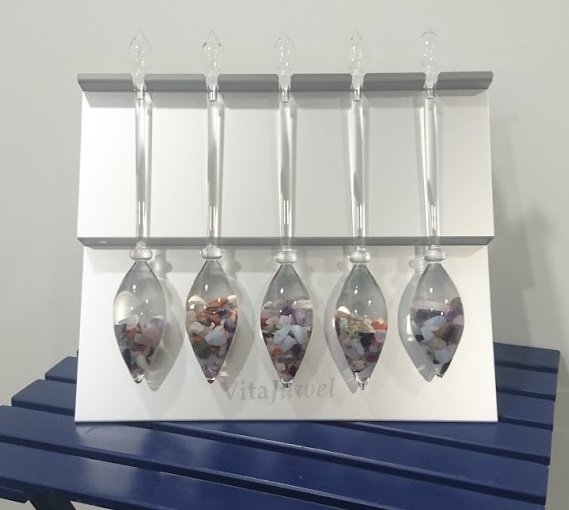 VitaJuwel Vial aluminium stand only holds up to 5 vials