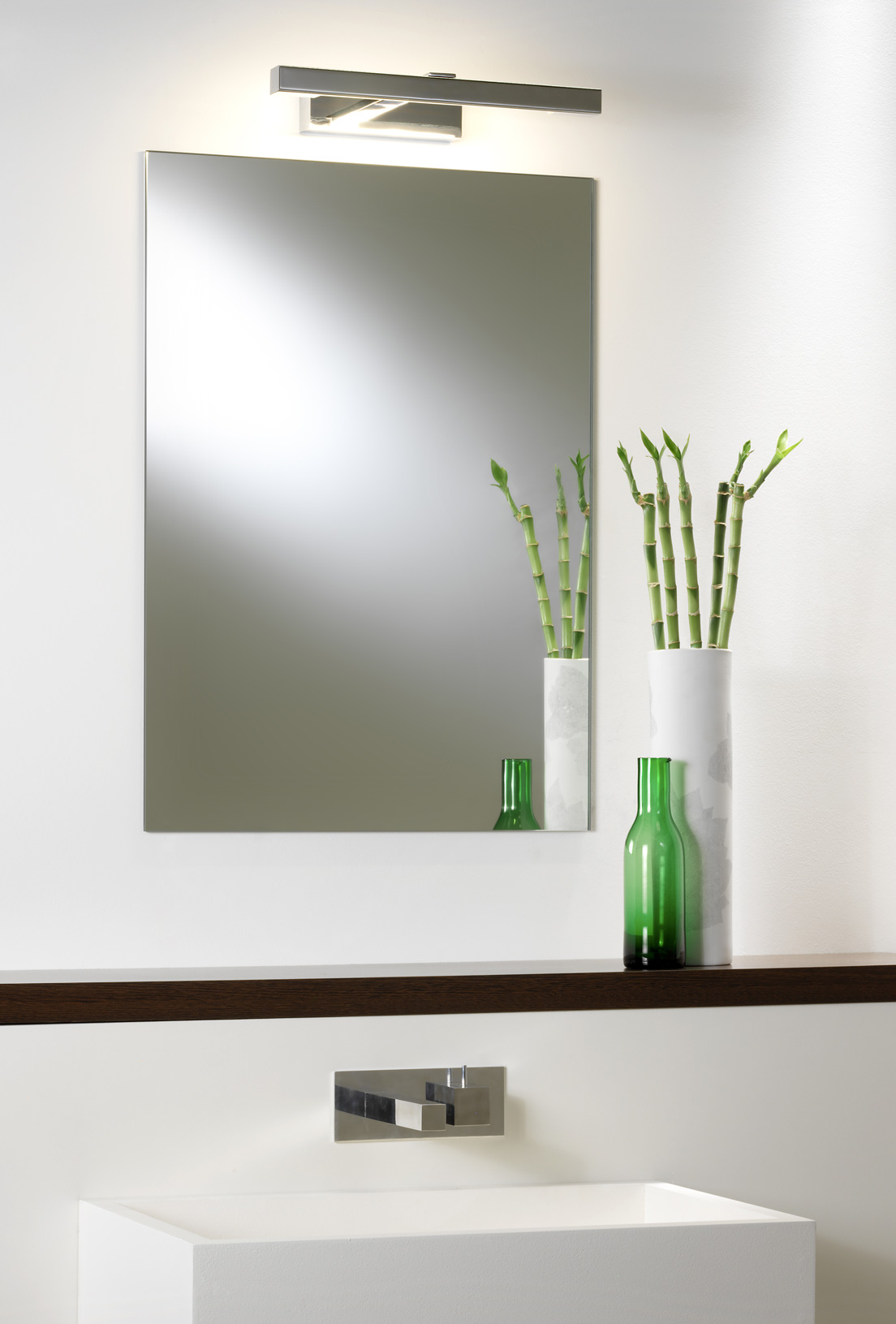 ASTRO Kashima LED 350 bathroom wall mirror light 3.6W LED IP44 polished chrome Thumbnail 2