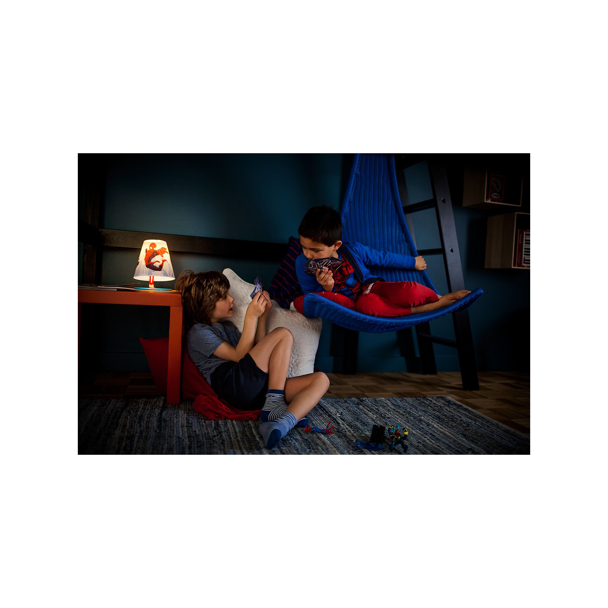 Philips Marvel Spiderman red 4W LED boys table lamp table light  Thumbnail 3