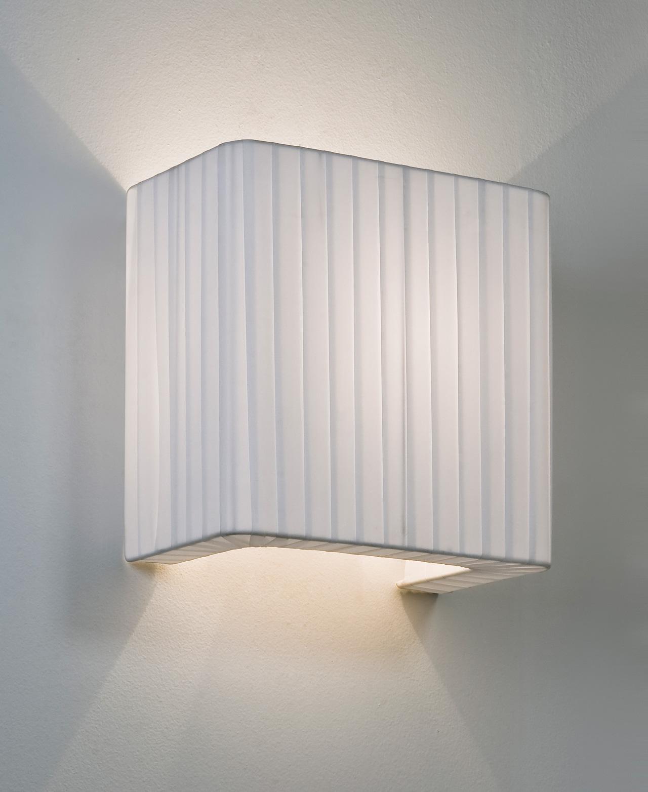 Astro peruga 250 fabric wall light shade 60w e27 white liminaires astro peruga 250 fabric wall light shade 60w e27 white aloadofball Gallery