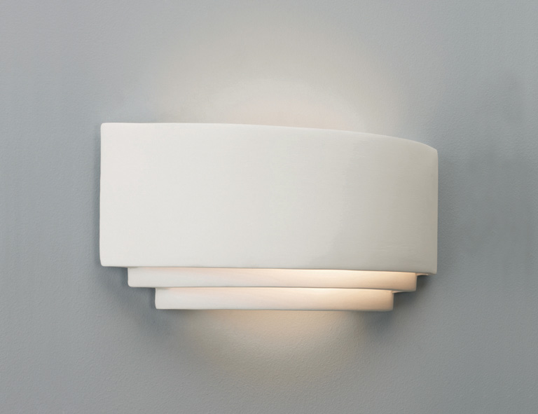 White ceramic wall light 100W GLS E27 Thumbnail 1