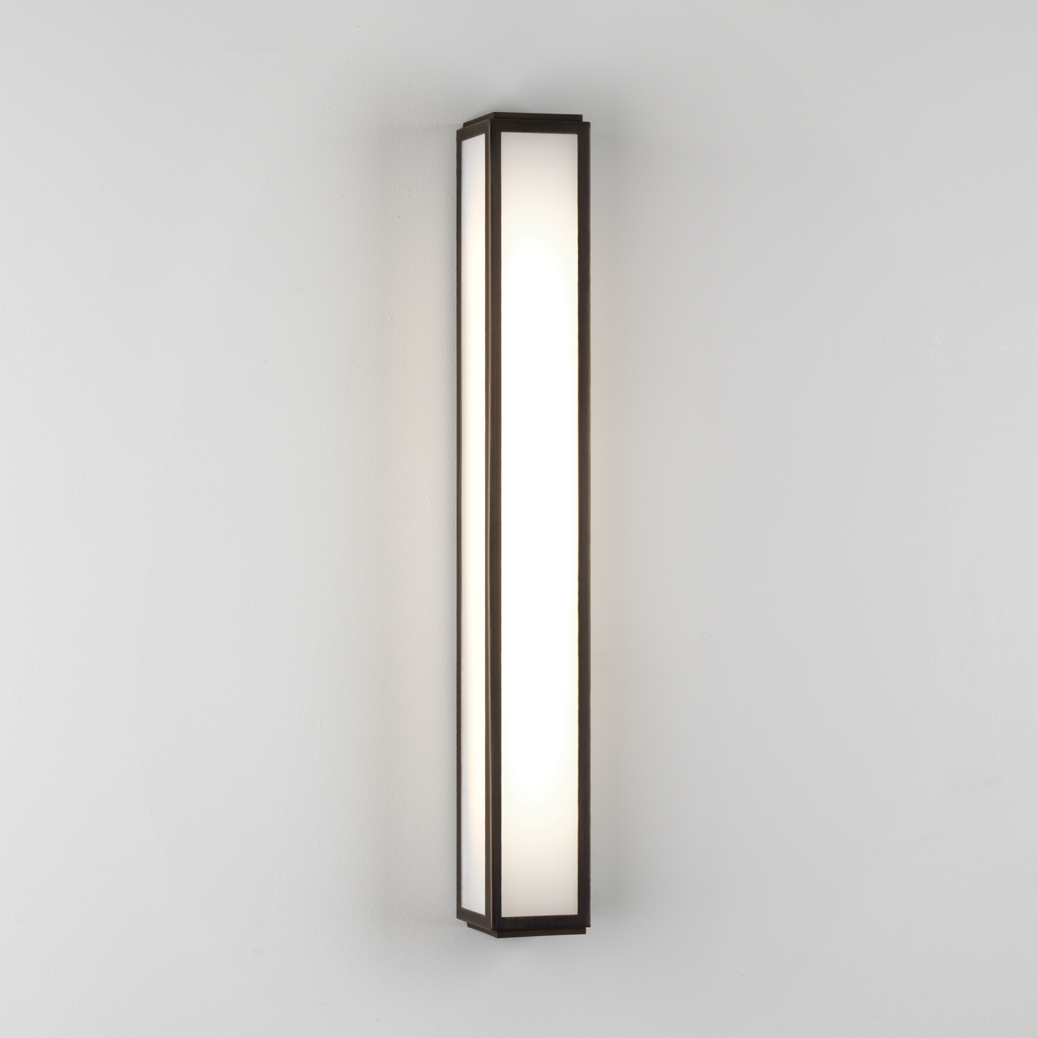 ASTRO Mashiko 600 Bathroom fluorescent wall light 24W T5 (not supplied) Thumbnail 1