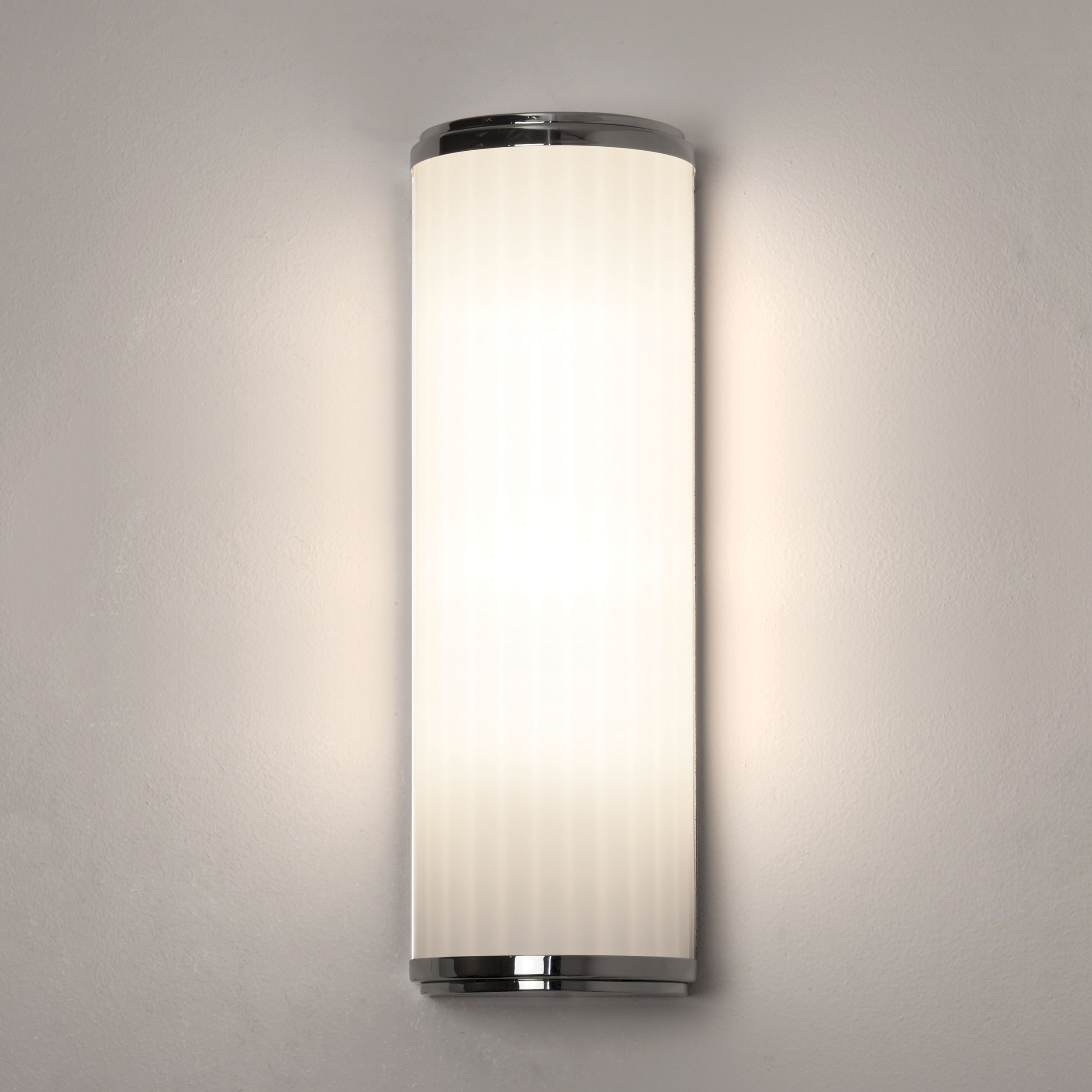 Astro monza 400 6 4w led ip44 bathroom wall mirror light polished chrome glass liminaires Polished chrome bathroom mirrors