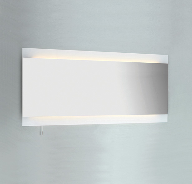 Wide illuminated 0536 bathroom mirror light IP44 switched