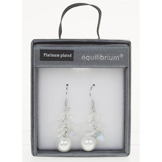 Hanging Clear Pearl Earrings Thumbnail 1