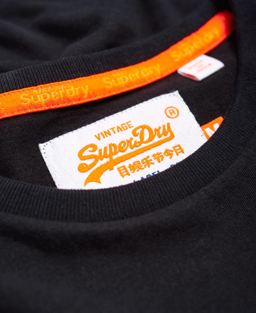 Neues-Herren-Superdry-Orange-Label-Vintage-Embroidery-T-Shirt-Schwarz miniatura 24