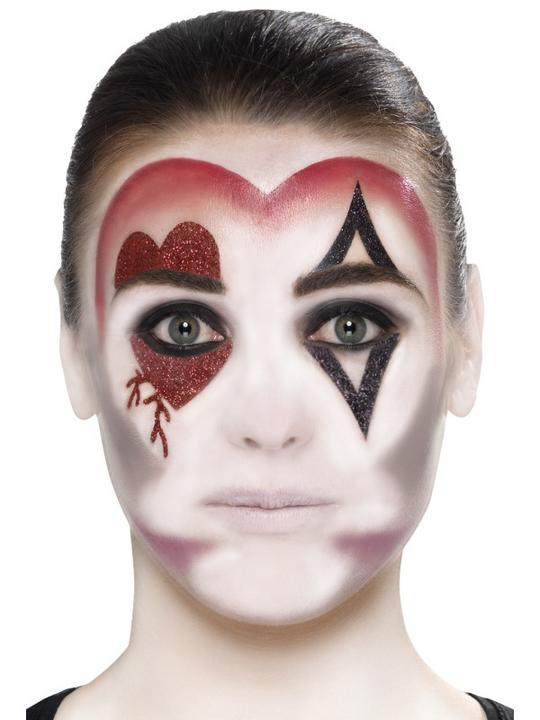 Queen Of Hearts Make Up Kit Thumbnail 3