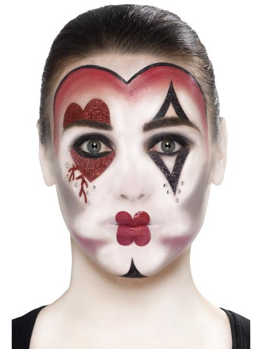 Queen Of Hearts Make Up Kit Thumbnail 4