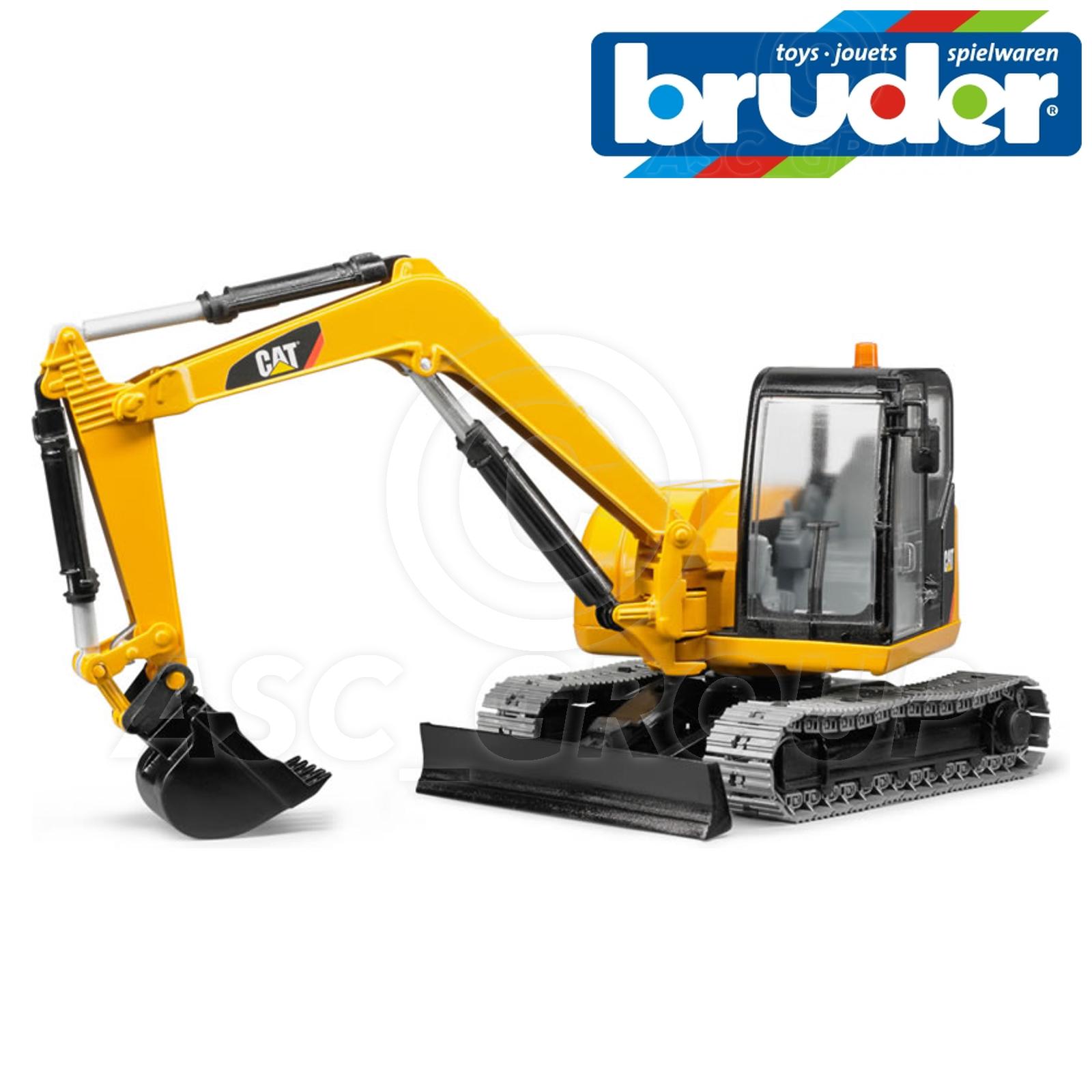 Bruder Toys 02456 Caterpillar Cat Mini Digger Excavator 1