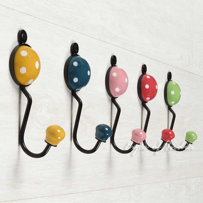 polkadot ceramic wall hooks ideal for coats clothes decorative coat hooks eyes of india. Black Bedroom Furniture Sets. Home Design Ideas