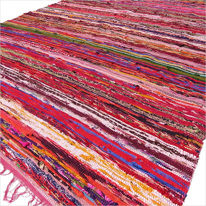Burgundy Red Boho Bohemian Decorative Colorful Woven Chindi Rag Rug - 4 X 6 ft