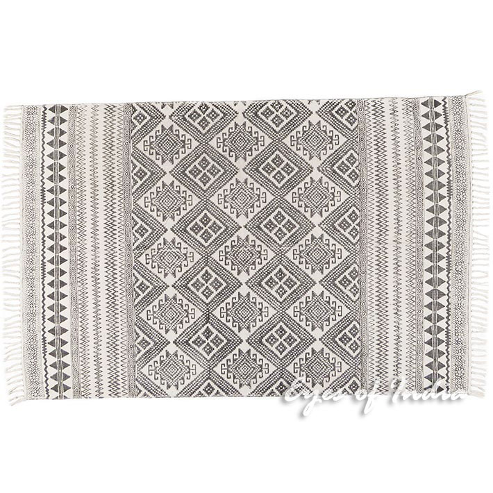urban shop woven f white xlarge kilim constrain rug multi samarkand hei slide outfitters qlt view fit