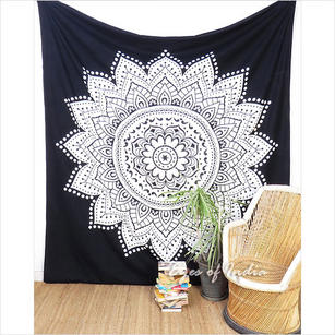 Black White Indian Hippie Mandala Tapestry Bohemian Wall Hanging Picnic Beach Spread- Large/Queen