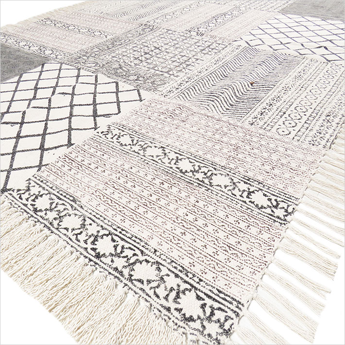 Black Off-White Block Print Area Accent Dhurrie Boho Cotton Rug Flat Weave Carpet - 4 X 6 ft