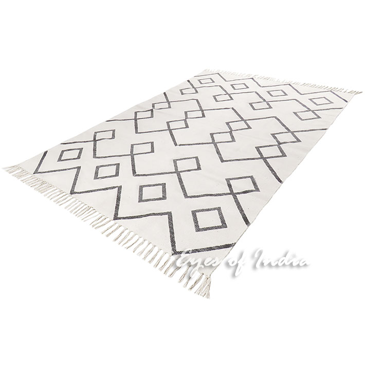 Black Off-White Cotton Block Print Area Accent Dhurrie Rug Flat Woven Rug - 4 X 6, 5 X 8 ft