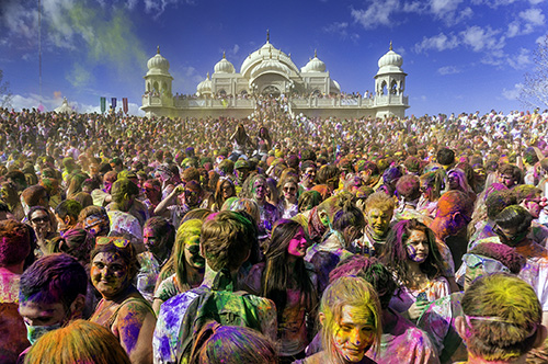 Holi: Learning More about this Colorful Indian Holiday