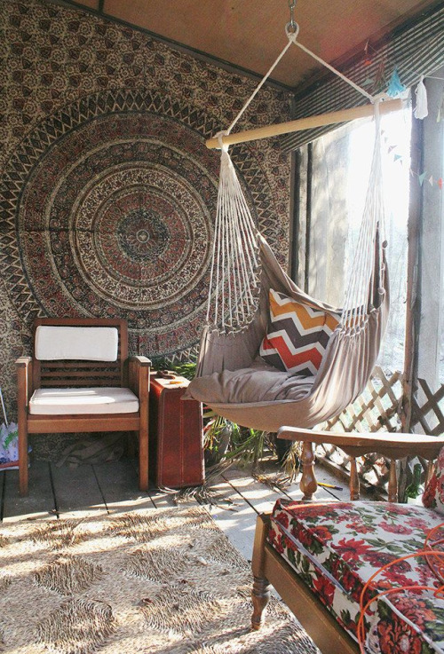 Mandala Tapestries Come In A Variety Of Colorful Patterns And Textiles And  Are Screen Printed By Hand. The Tapestries Are Available In A Wide Range Of  Sizes ...