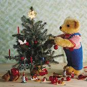 Pack of 8 Mini Teddy Age UK Charity Christmas Cards