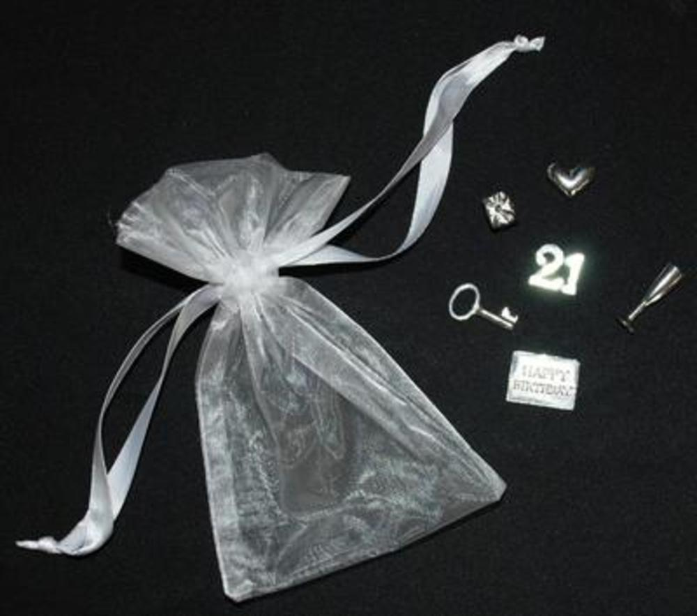 18th Birthday Gift Keepsake Bag 6 Piece Charm Set