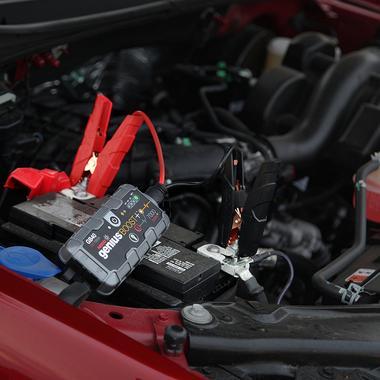 Noco Genius GB40 1000A 12v 6L 3L Petrol Diesel Jump Starter Booster Battery Pack Thumbnail 2