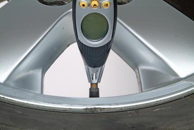 Ring Automotive RTG6 Car Van Digital Tyre Tread Gauge Single Thumbnail 3