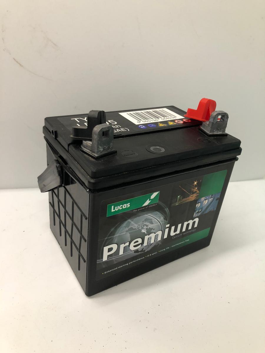 Lucas LP895 Premium 12v Garden Machinery Battery 32Ah 310CCA