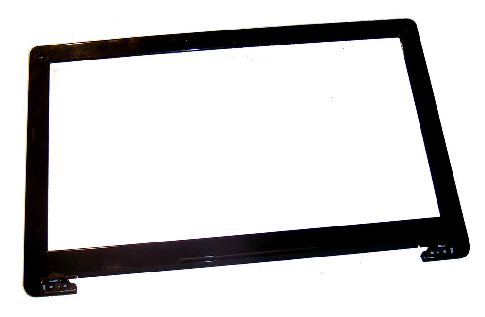 Clevo 6-39-W83T1-011-M W830T LCD Trim Bezel for Non-Webcam Versions