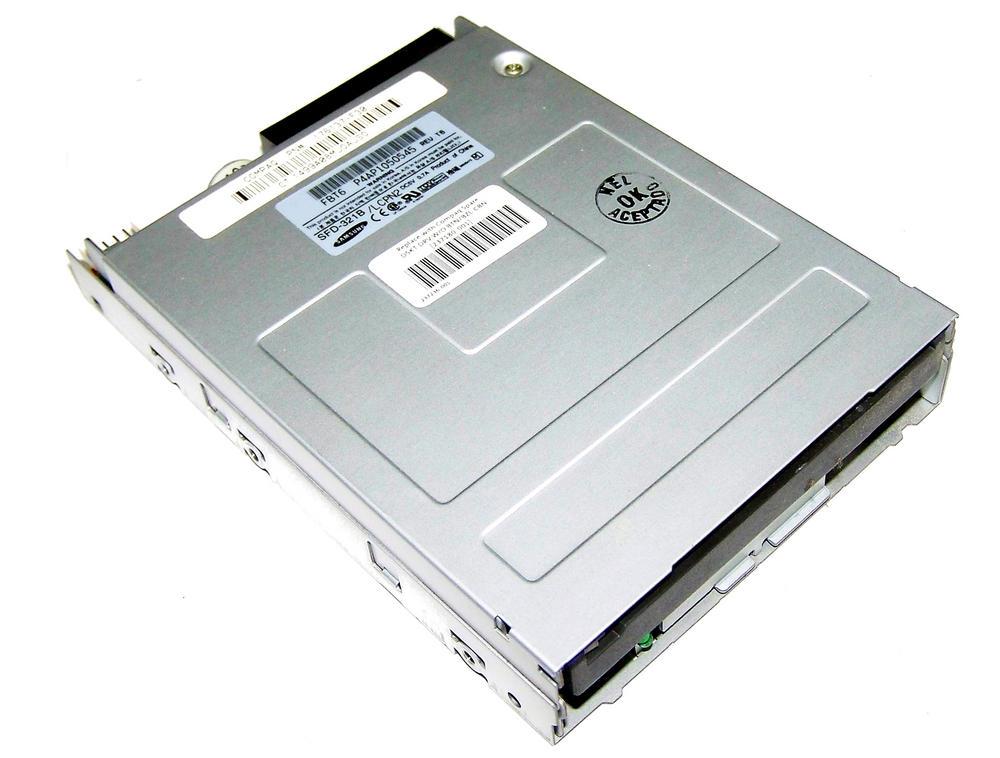 Compaq 176131-F30 1.44MB Floppy Drive with no Bezel | Samsung SFD-321 237180-001