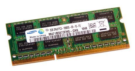 Samsung M471B5673FH0-CH9 (2GB DDR3 PC3-10600S 1333MHz SODIMM 204-pin) RAM Module