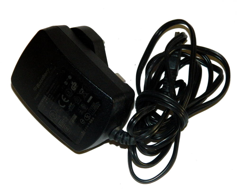 RIM HDW-17957-001 UK 5VDC 750mA Mini USB Charger | PSM04R-050CHW