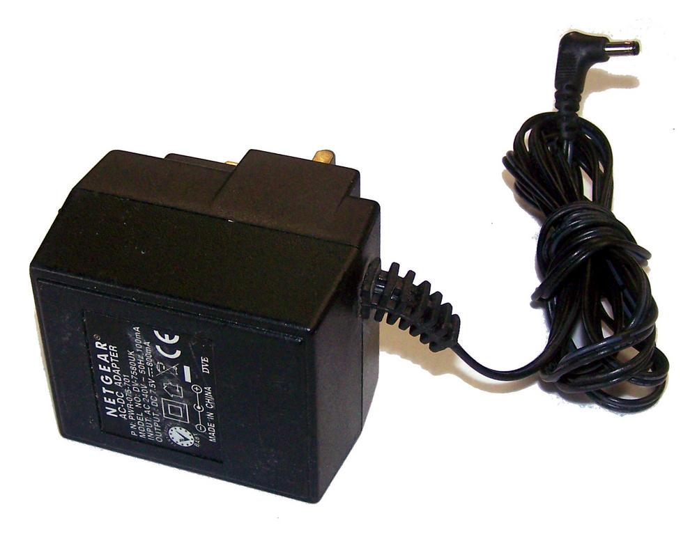 Netgear PWR-075-701 7.5VDC 800mA AC Adapter With UK Plug