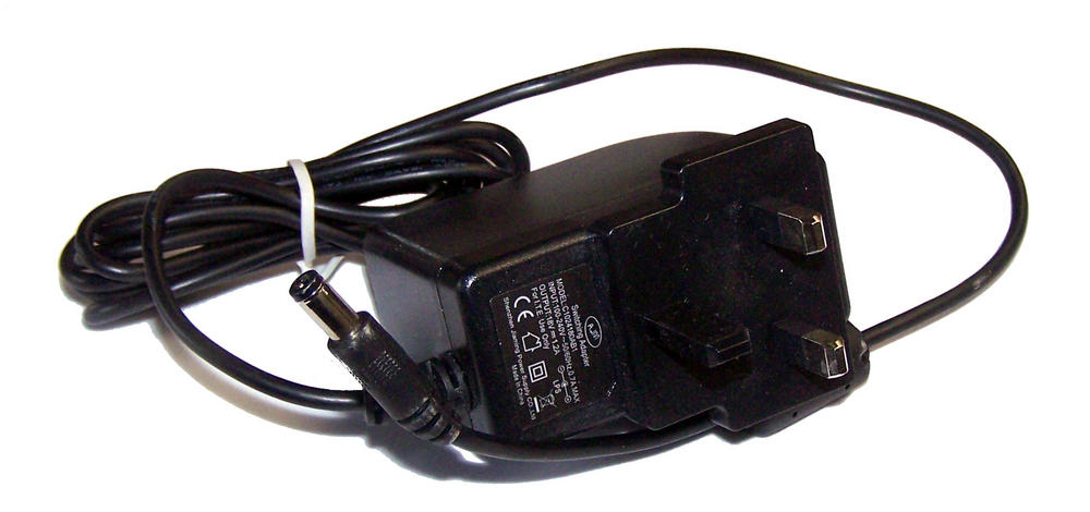 AJM C1024180AB1 18VDC 1.2A UK AC Adapter with Barrel Connector
