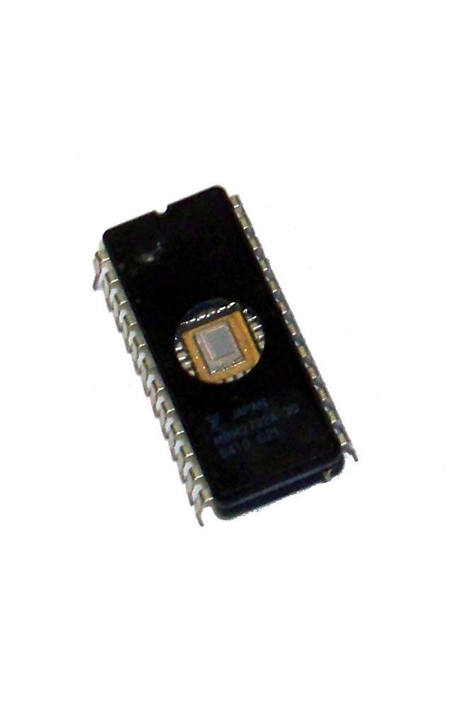Fujitsu MBM2732A-30 32K 300nS FDIP24W EPROM IC