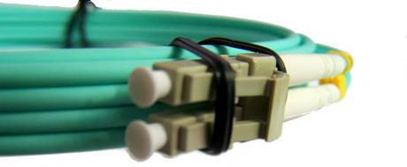 New Aqua PCOM3LCSCDX3AAA 3m LC/UPC- SC/UPC MM DX 3.0mm OM3 Fibre Cable Thumbnail 3