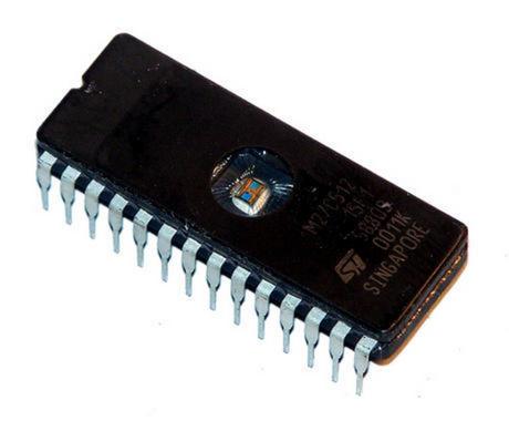 STMicroelectronics M27C512-15F1 512KBit 150nS FDIP28W EPROM IC