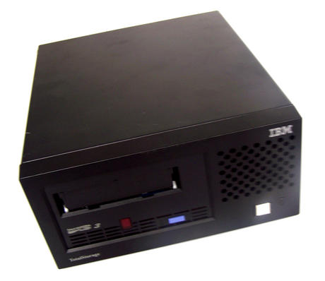 IBM 23R5922 TotalStorage Type 3580-L33/L3H 400GB SCSI U160 LVD Ultrium LTO3