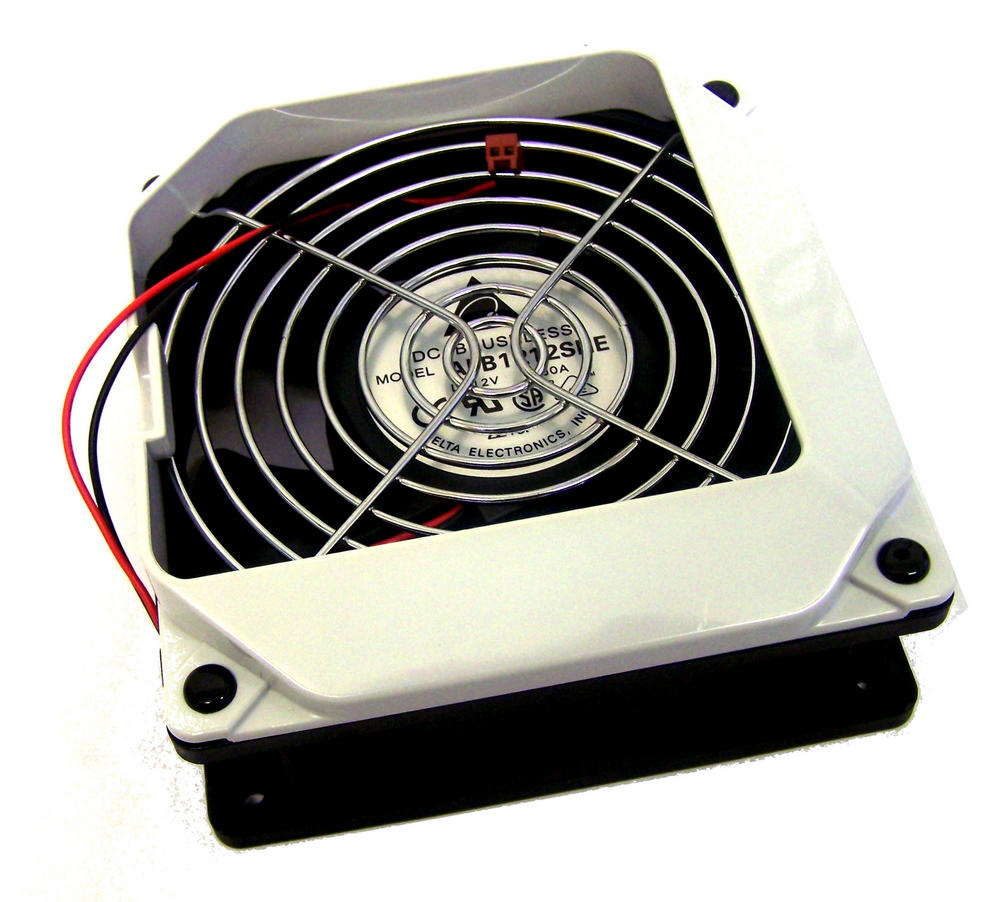 Delta AFB1212SHE For Apple M8570 PowerMac G4 12VDC 1.6A Case Fan Case | 2Z16F
